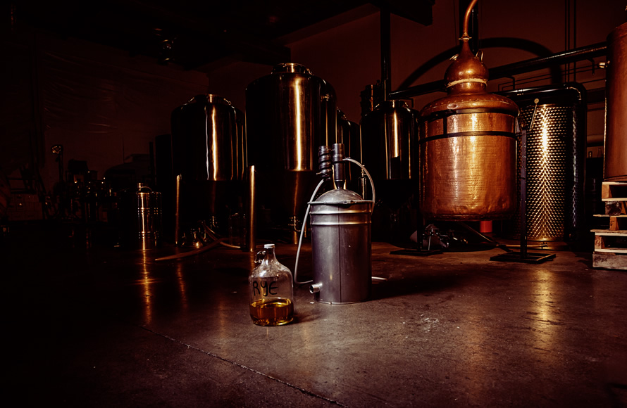 3 Howls Distillery - Stills